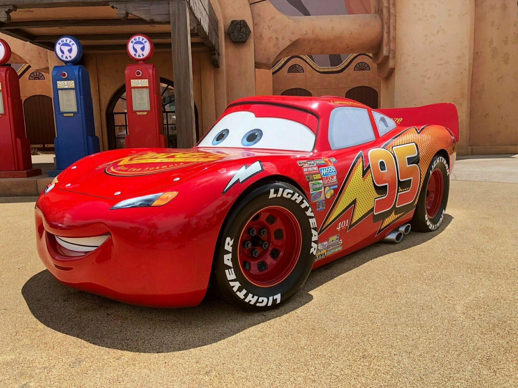 Lightning McQueen model car